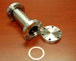 A CF (conflat) pipe and flange with copper gasket.